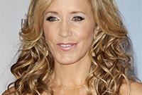 Felicity-huffman-hair-color-gone-wrong-side
